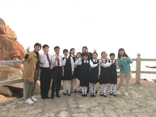 濠小合唱團成員獲中國經濟出版社邀請拍攝拍攝澳門新舊八景