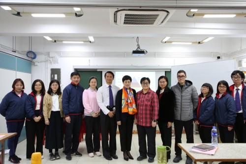 濠小中英文老師培訓參加香港資優專家蔣天慧博士主講的「高階思維融入中文科」的培訓