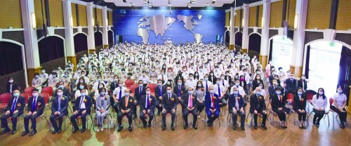 濠江中學高中第六十四屆、附屬英才學校高中首屆畢業典禮